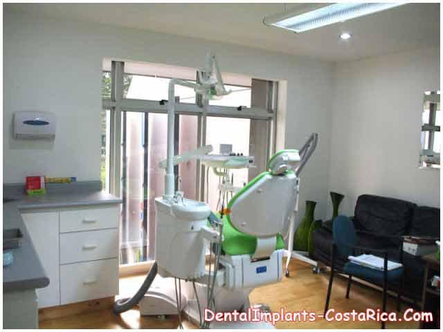 Dental Implant Center in Costa Rica