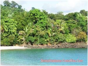 a-beautiful-beach-costa-rica